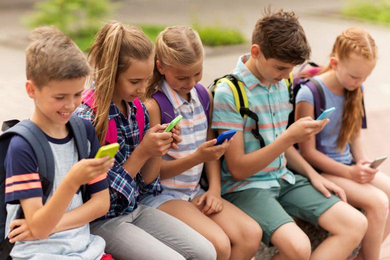 kotelezo olvasmanyok okostelefonon